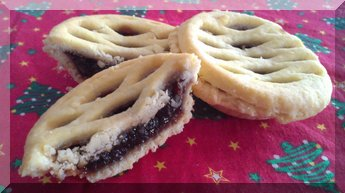 Fruit mince pies for Christmas