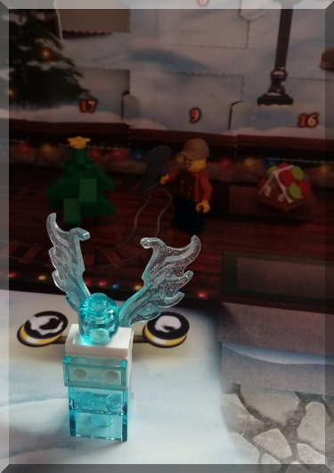 Lego angel with wings