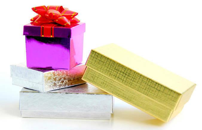 Pile of Kris Kringle gifts at school