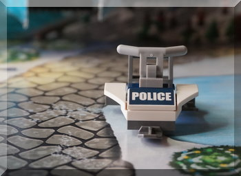 Police ski mobile from Lego advent calendar