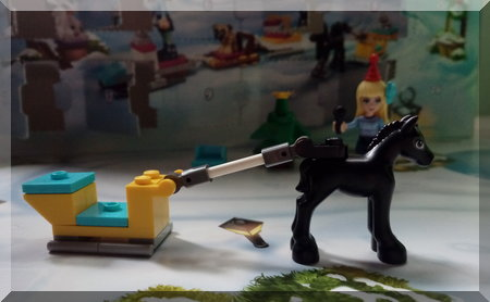 Lego horse pulling a one horse open sleigh