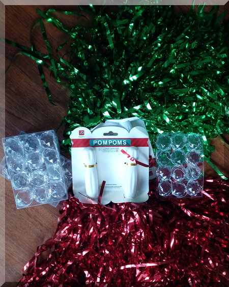 materials required for the shiny Christmas baubles
