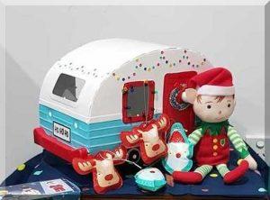 Alfo the Elf in front of his caravan