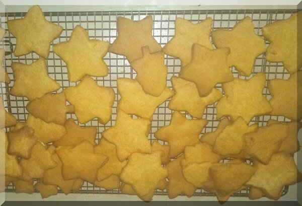 Pepparkakor biscuits on a cooling rack